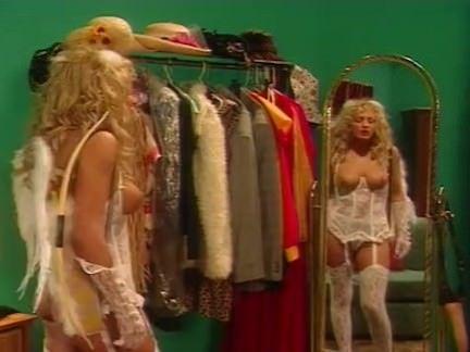 Anjinha no sexo trepando