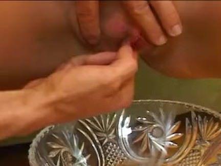 Bucetuda depiladinha trepando