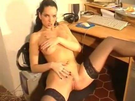 Chupando a rola do empresário porno