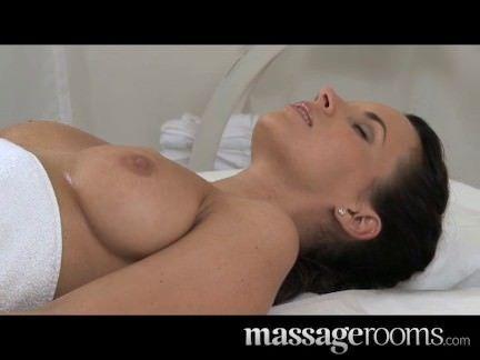 Foda com massagem erotica